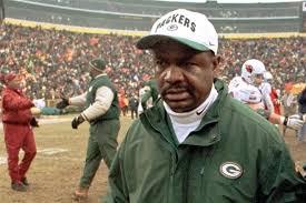 Jan. 2, 2000: Packers fire Rhodes after team fails to make playoffs
